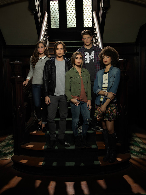 ". RAVENSWOOD - ABC Family\'s ""Ravenswood\"" stars Merritt Patterson as Olivia Matheson, Tyler Blackburn as Caleb Rivers, Nicole Gale Anderson as Miranda, Brett Dier as Luke Matheson and Britne Oldford as Remy Bueaumont. (ABC FAMILY/Bob D\'Amico)"