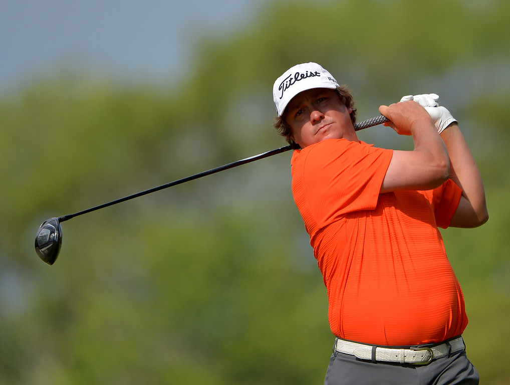 . Jason Dufner of the United States hits his tee shot on the second hole during Round Three of the 113th U.S. Open at Merion Golf Club on June 15, 2013 in Ardmore, Pennsylvania.  (Photo by Drew Hallowell/Getty Images)