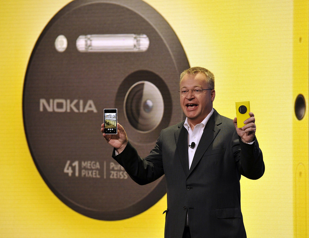 . Nokia CEO, Canadian Stephen Elop, unveils the Nokia Lumia 1020, a Windows Phone with a 41-megapixel camera  during an event in New York City  July 11, 2013. Nokia\'s next marquee Windows phone, which will sell exclusively in the US at AT&T for a hefty $299.99 USD with a two-year contract. Lumia 1020 pre-orders begin July 16th, and the phone becomes available online and in stores July 26th. (The Lumia 1020 will also be available globally.)    AFP PHOTO / TIMOTHY CLARY/AFP/Getty Images