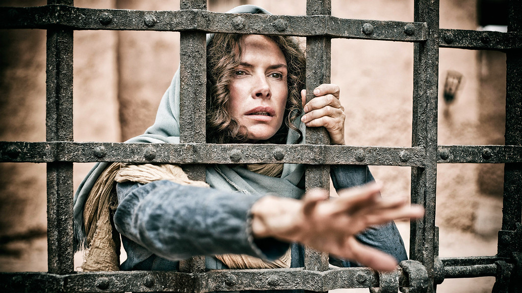 . ROMA DOWNEY as Mother Mary in HISTORY\'s \'THE BIBLE\'. Photo by Casey Crawford. © Lightworkers Media / Hearst Productions Inc.