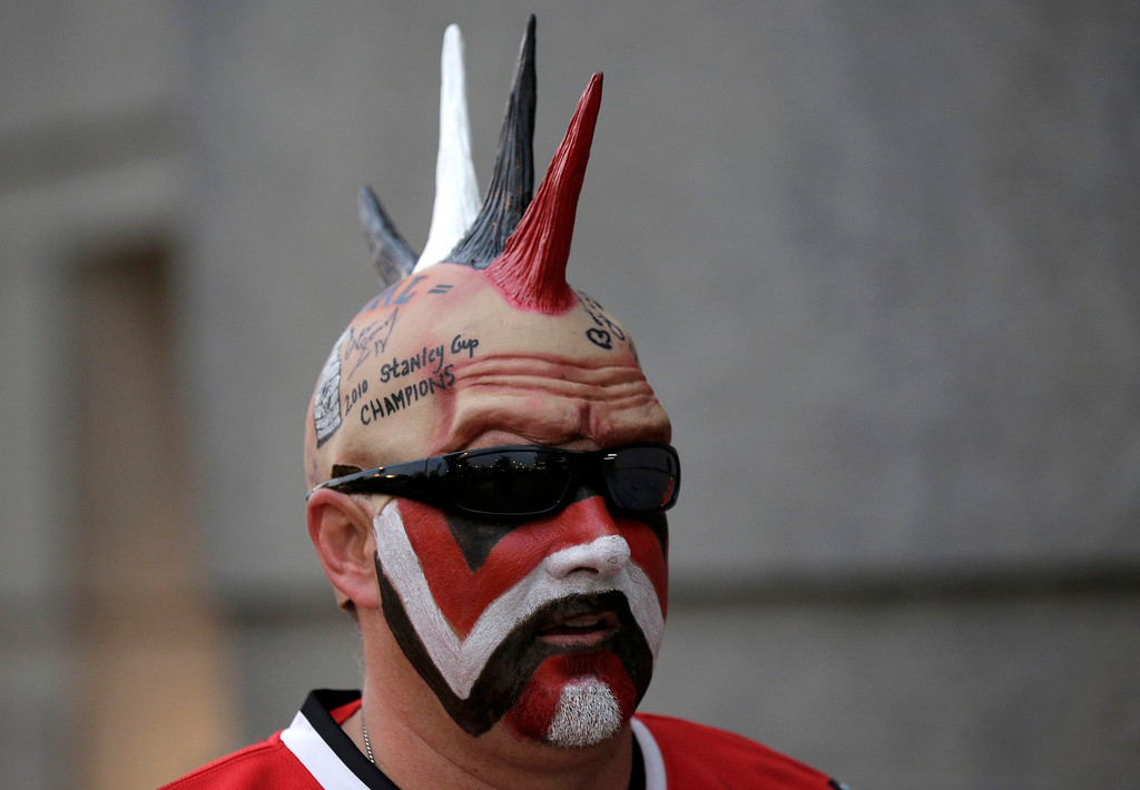 . Chicago Blackhawks fan Jack Basich arrives to attend Game 1 of the NHL Stanley Cup Finals hockey series against the Boston Bruins in Chicago, Illinois, June 12, 2013.  REUTERS/John Gress