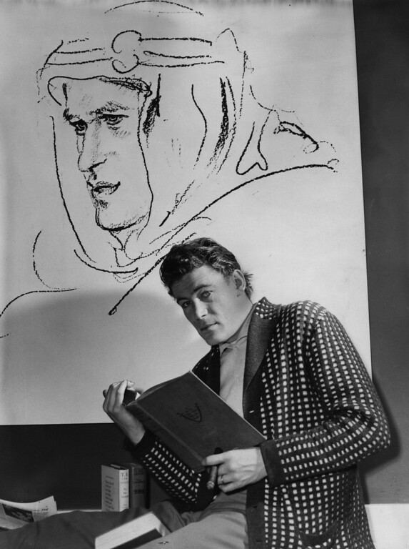. Irish actor Peter O\'Toole studying for his role in Lawrence of Arabia.  (Photo by Dennis Oulds/Getty Images)