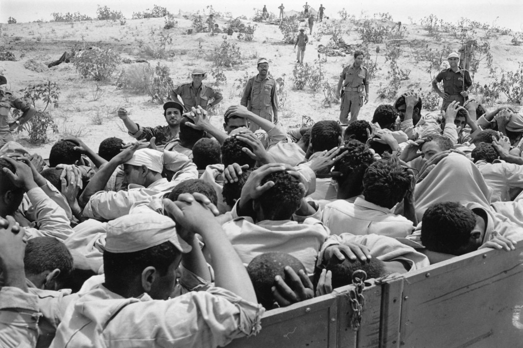 . Egyptian prisoners captured by Israeli troops, during the Six Day War in the Middle East.   (Photo by Terry Fincher/Getty Images)