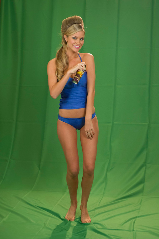. Miss Australia Renae Ayris wears swimwear as part of a filming green screen segment at Planet Hollywood Resort and Casino in Las Vegas, Nevada December 9, 2012. The contestants are filming segments around Las Vegas to air as part of the live NBC Telecast of the 2012 Miss Universe Pageant set for December 19. REUTERS/Darren Decker/Miss Universe Organization L.P./Handout