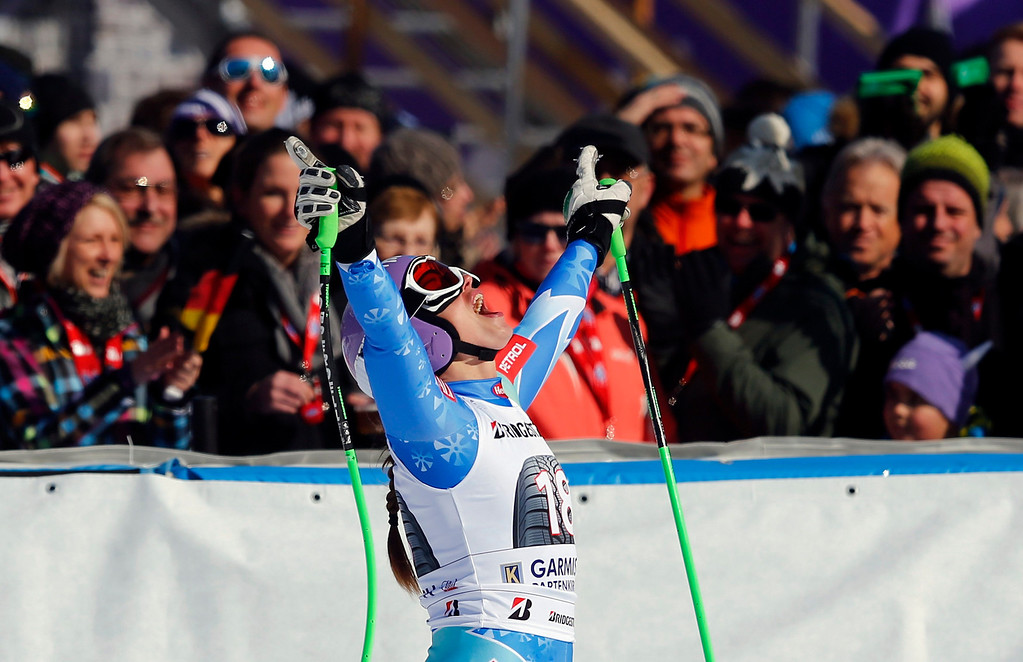 . Slovenia\'s Tina Maze celebrates after the women\'s Alpine Skiing World Cup Downhill race in Garmisch-Partenkirchen March 2, 2013.  REUTERS/Michael Dalder