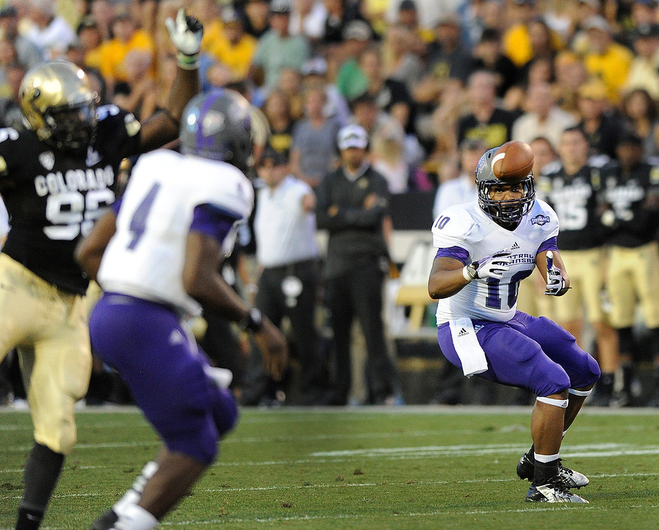 . BOULDER, CO. - SEPTEMBER 76: Bears\' tight end Thomas Hart rolled out for a pass from QB Wyndrick Smothers in the second quarter. The University of Colorado football team hosted Central Arkansas at Folsom Field Saturday night, September 7, 2013. Photo By Karl Gehring/The Denver Post