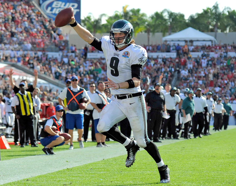 . Philadelphia Eagles quarterback Nick Foles (9) runs 10-yards for a touchdown against the Tampa Bay Buccaneers during the second quarter of an NFL football game Sunday, Dec. 9, 2012, in Tampa, Fla. (AP Photo/Brian Blanco)