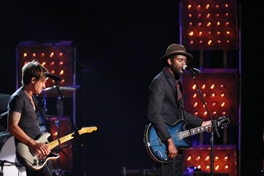 ". Keith Urban, left, and Gary Clark, Jr. perform ""Cop Car\"" at the 56th annual Grammy Awards at Staples Center on Sunday, Jan. 26, 2014, in Los Angeles. (Photo by Matt Sayles/Invision/AP)"