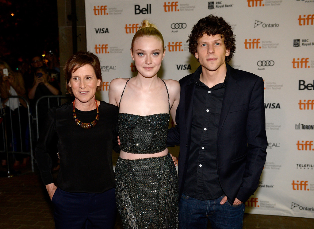 """. (L-R) Director Kelly Reichardt, actress Dakota Fanning, and Actor Jesse Eisenberg arrive at the \""""Night Moves\"""" Premiere during the 2013 Toronto International Film Festival at the Ryerson Theatre on September 8, 2013 in Toronto, Canada.  (Photo by Aaron Harris/Getty Images)"""