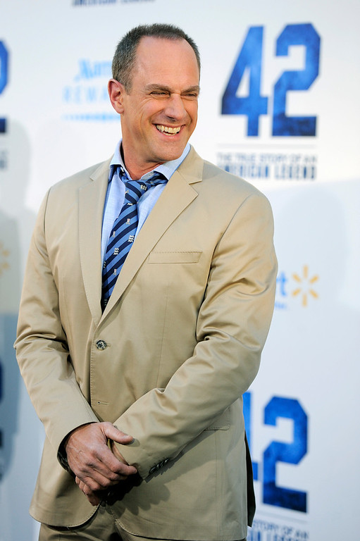 ". Christopher Meloni, a cast member in ""42,\"" poses at the Los Angeles premiere of the film at the TCL Chinese Theater on Tuesday, April 9, 2013 in Los Angeles. (Photo by Chris Pizzello/Invision/AP)"