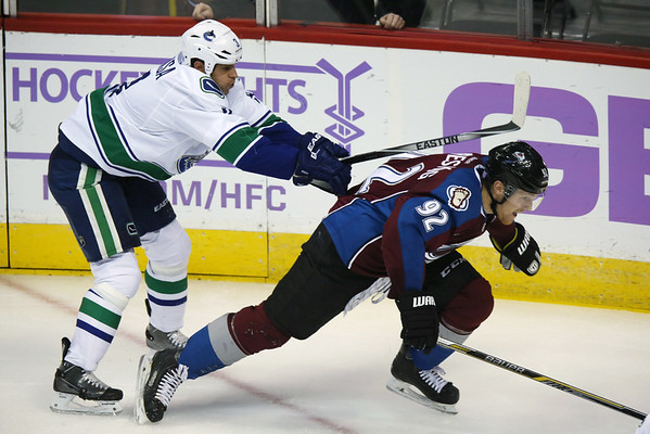 PHOTOS: Colorado Avalanche vs. Vancouver Canucks, Nov. 4, 2014