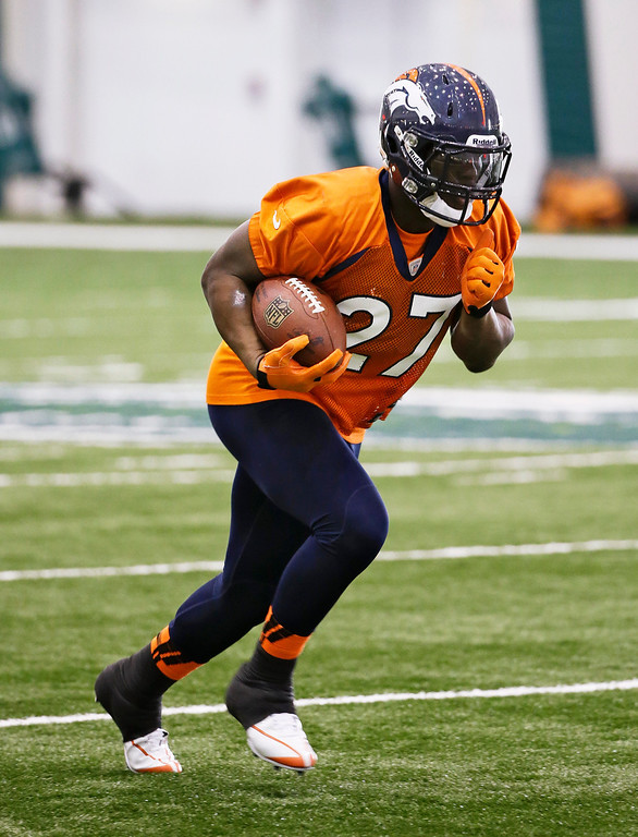 . Denver Broncos running back Knowshon Moreno runs a drill during practice Thursday, Jan. 30, 2014, in Florham Park, N.J. The Broncos are scheduled to play the Seattle Seahawks in the NFL Super Bowl XLVIII football game Sunday, Feb. 2, in East Rutherford, N.J. (AP Photo)