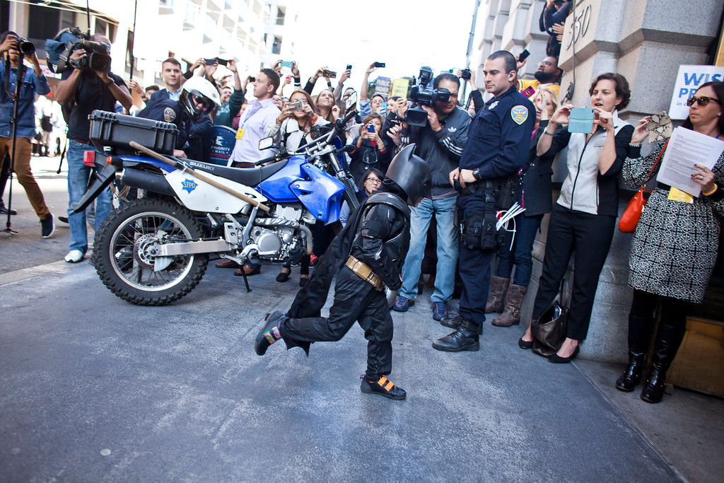 . 5-year-old leukemia survivor Miles, also known as BatKid runs into a former bank vault to arrest the Riddler November 15, 2013 in San Francisco. Make-A-Wish Greater Bay Area foundation turned the city into Gotham City for Miles by creating a day long event bringing his wish to be a BatKid to life. (Photo by Ramin Talaie/Getty Images)