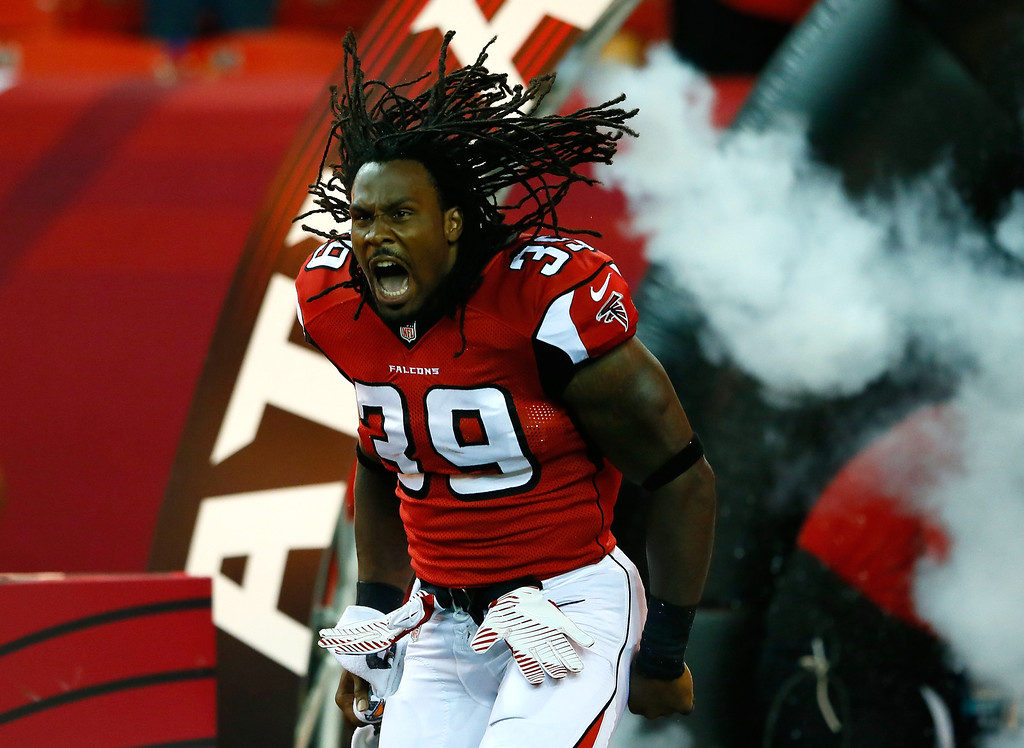 . ATLANTA, GA - AUGUST 08:  Steven Jackson #39 of the Atlanta Falcons enters the field during player introductions prior to facing the Cincinnati Bengals at Georgia Dome on August 8, 2013 in Atlanta, Georgia.  (Photo by Kevin C. Cox/Getty Images)