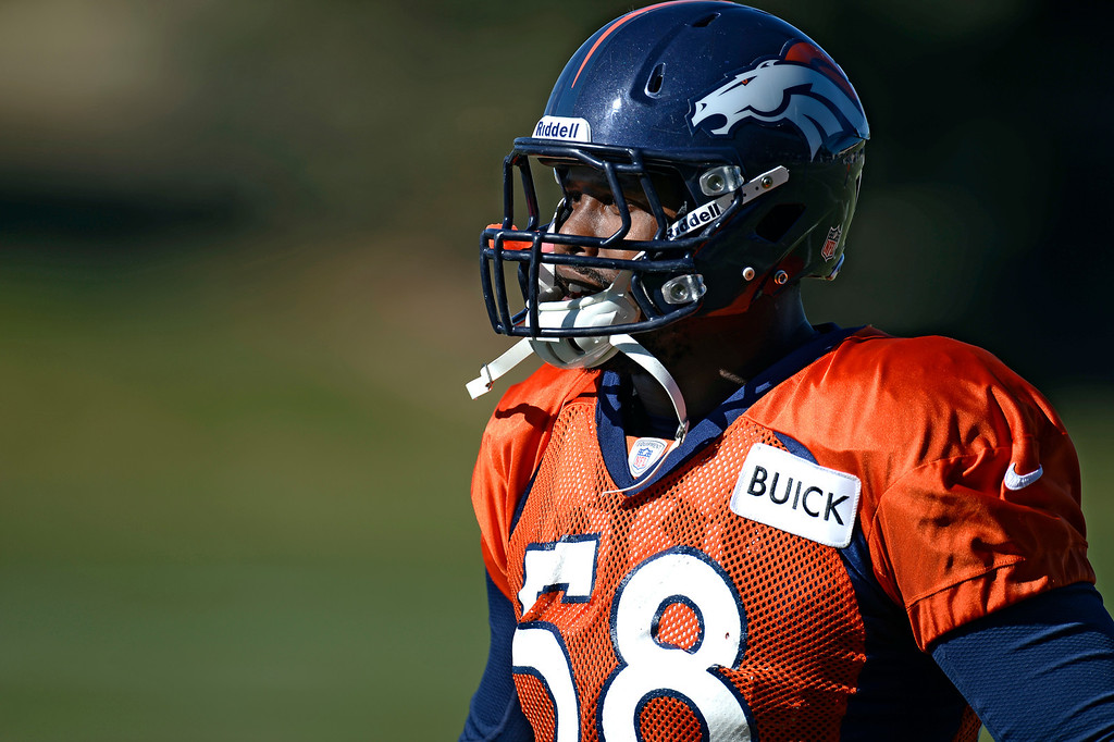 . Denver Broncos outside linebacker Von Miller (58) runs through drills during practice November 6, 2013 at Dove Valley. (Photo by John Leyba/The Denver Post)