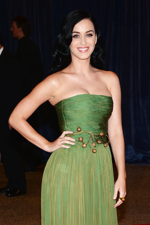 . WASHINGTON, DC - APRIL 27:  Singer Katy Perry attends the White House Correspondents\' Association Dinner at the Washington Hilton on April 27, 2013 in Washington, DC.  (Photo by Dimitrios Kambouris/Getty Images)