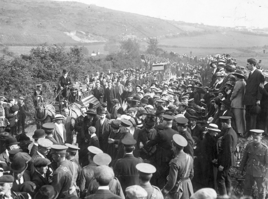 . May 1915:  Funeral cortege in Queenstown of the victims of the Lusitania disaster.  (Photo by Topical Press Agency/Getty Images)