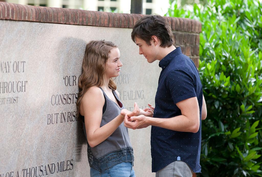 . Morgan Saylor as Dana Brody and Sam Underwood as Leo in Homeland (Season 3, Episode 01). - Photo:  Kent Smith/SHOWTIME