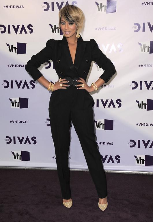 . Keri Hilson arrives at VH1 Divas on Sunday, Dec. 16, 2012, at the Shrine Auditorium in Los Angeles. (Photo by Jordan Strauss/Invision/AP)