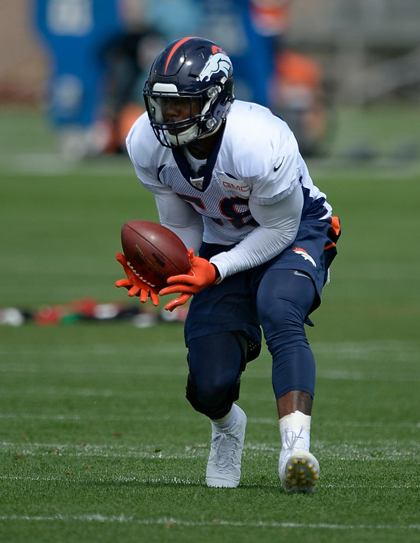 . Denver Broncos outside linebacker Von Miller (58) catches a pass in drills during practice August 26, 2014 at Dove Valley.(Photo by John Leyba/The Denver Post)