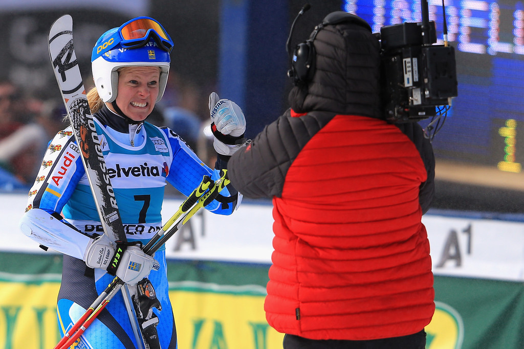 . Jessica Lindell-Vikarby of Sweden celebrates as she wins the ladies\' giant slalom at the Audi FIS Ski World Cup at Beaver Creek on December 1, 2013 in Beaver Creek, Colorado.  (Photo by Doug Pensinger/Getty Images)