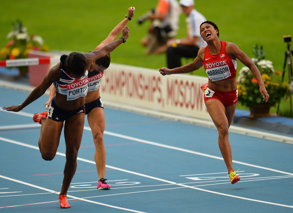 . Great Britain\'s Tiffany Porter (L) won the third place of the women\'s 100 metres hurdles final at the 2013 IAAF World Championships at the Luzhniki stadium in Moscow on August 17, 2013.     ANTONIN THUILLIER/AFP/Getty Images