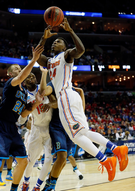 . Casey Prather #24 of the Florida Gators goes to the basket against the UCLA Bruins during a regional semifinal of the 2014 NCAA Men\'s Basketball Tournament at the FedExForum on March 27, 2014 in Memphis, Tennessee.  (Photo by Kevin C. Cox/Getty Images)
