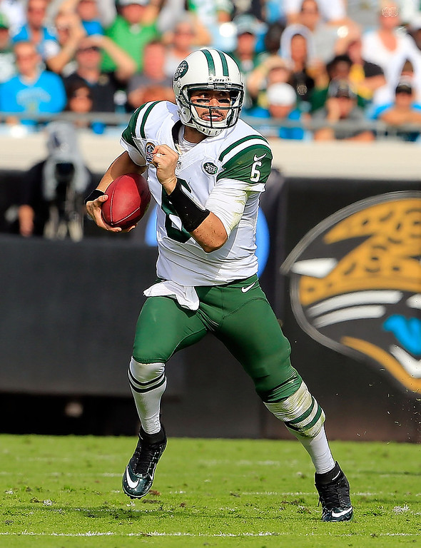 . JACKSONVILLE, FL - DECEMBER 09:   Mark Sanchez #6 of the New York Jets scrambles for yardage during the game against the Jacksonville Jaguars at EverBank Field on December 9, 2012 in Jacksonville, Florida.  (Photo by Sam Greenwood/Getty Images)