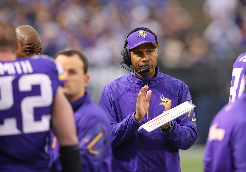 . Head coach Leslie Frazier of the Minnesota Vikings works the sidelines against the Philadelphia Eagles on December 15, 2013 at Mall of America Field at the Hubert H. Humphrey Metrodome in Minneapolis, Minnesota. (Photo by Adam Bettcher/Getty Images)