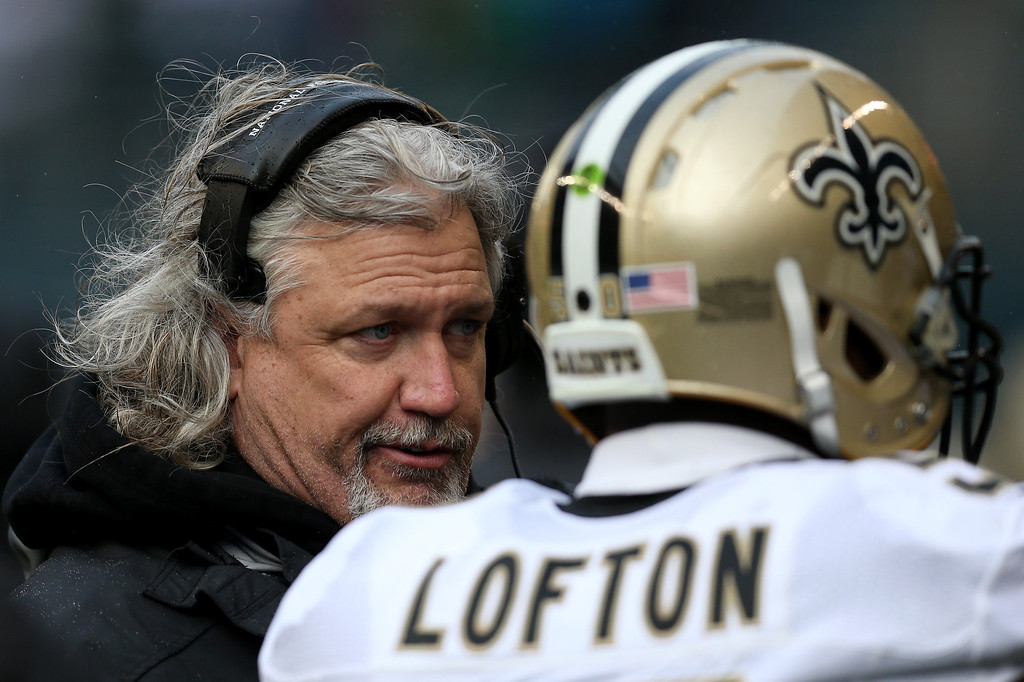 . SEATTLE, WA - JANUARY 11:  Defensive coordinator Rob Ryan of the New Orleans Saints talks with middle linebacker Curtis Lofton #50 in the first half against the Seattle Seahawks during the NFC Divisional Playoff Game at CenturyLink Field on January 11, 2014 in Seattle, Washington.  (Photo by Jeff Gross/Getty Images)