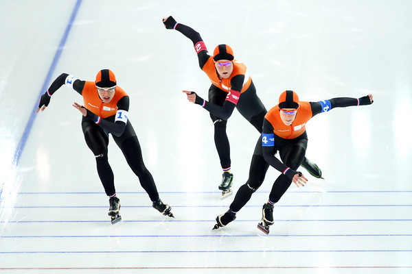 PHOTOS: Speed Skating Team Pursuit at Sochi 2014 Winter Olympics