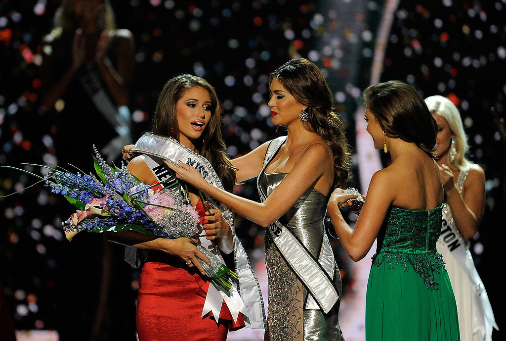 . Miss Nevada Nia Sanchez is crowned Miss USA during the 2014 Miss USA Competition at The Baton Rouge River Center on June 8, 2014 in Baton Rouge, Louisiana.  (Photo by Stacy Revere/Getty Images)