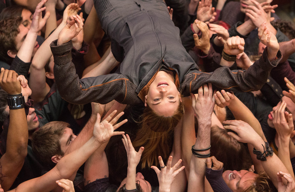 ". This image released by Summit Entertainment shows Shailene Woodley in a scene from ""Divergent.\"" (AP Photo/Summit Entertainment, Jaap Buitendijk)"