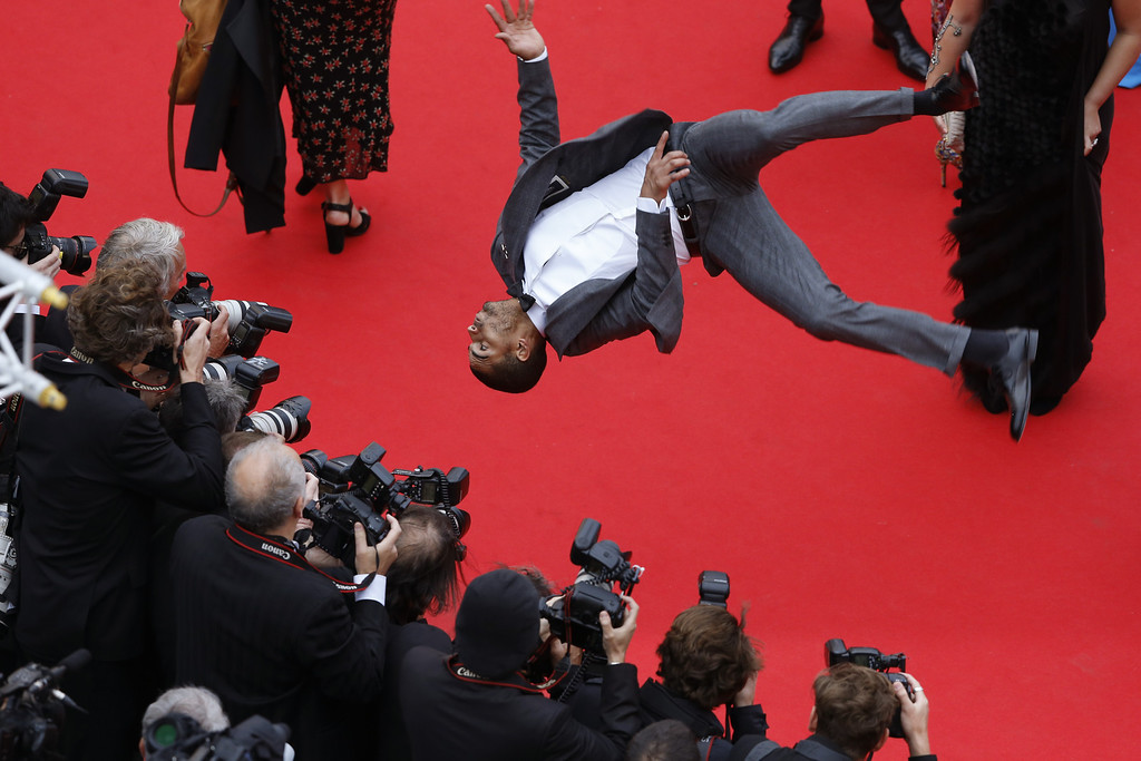 """. A general view during the Red Carpet at the \""""Foxcatcher\"""" premiere during the 67th Annual Cannes Film Festival on May 19, 2014 in Cannes, France.   (Photo by Horcajuelo Guillaume - Pool/Getty Images)"""