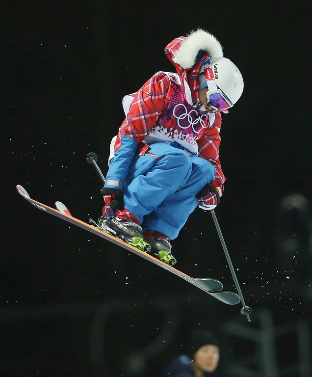 . France\'s Marie Martinod gets air during women\'s ski halfpipe final at the Rosa Khutor Extreme Park, at the 2014 Winter Olympics, Thursday, Feb. 20, 2014, in Krasnaya Polyana, Russia. (AP Photo/Sergei Grits)