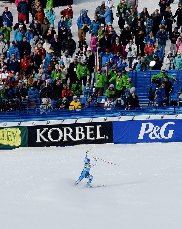 . Skier Jessica Lindell-Vikarby, of  Sweden, celebrates taking first place after the second run of the women\'s Giant Slalom race at the FIS World Cup Alpine Skiing in Beaver Creek, Colorado, USA, 01 December 2013.  EPA/JUSTIN LANE