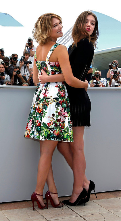 ". Cast members Lea Seydoux (L) and Adele Exarchopoulos pose during a photocall for the film ""La Vie D\'Adele\"" at the 66th Cannes Film Festival in Cannes May 23, 2013.            REUTERS/Eric Gaillard"