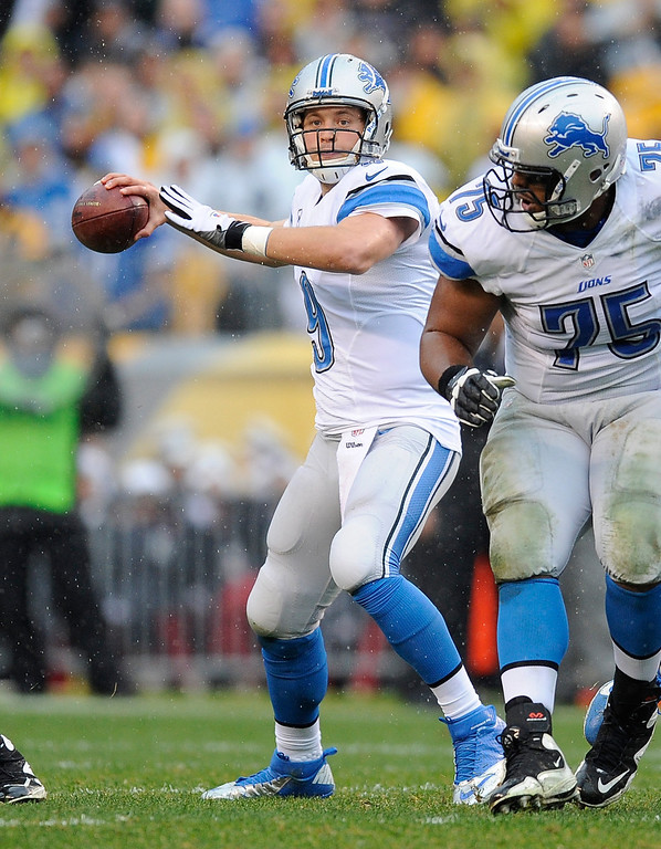 . Matthew Stafford #9 of the Detroit Lions drops back to pass during the first quarter against the Pittsburgh Steelers on November 17, 2013 at Heinz Field in Pittsburgh, Pennsylvania.  (Photo by Joe Sargent/Getty Images)