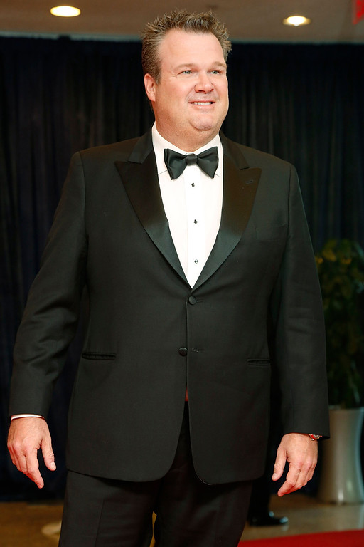 . Actor and comedian Eric Stonestreet arrives on the red carpet at the annual White House Correspondents\' Association dinner in Washington April 27, 2013. REUTERS/Jonathan Ernst