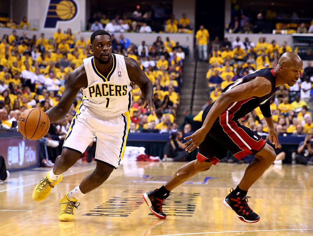 . INDIANAPOLIS, IN - MAY 28: Lance Stephenson #1 of the Indiana Pacers drives to the basket as Ray Allen #34 of the Miami Heat defends during Game Five of the Eastern Conference Finals of the 2014 NBA Playoffs at Bankers Life Fieldhouse on May 28, 2014 in Indianapolis, Indiana.  (Photo by Andy Lyons/Getty Images)
