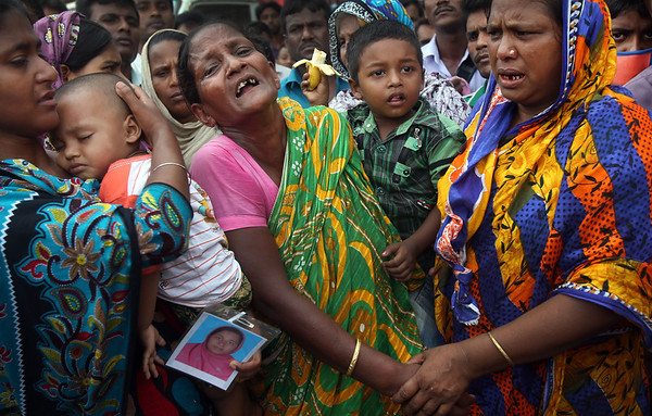 Photos: Anger rises over Bangladesh building collapse