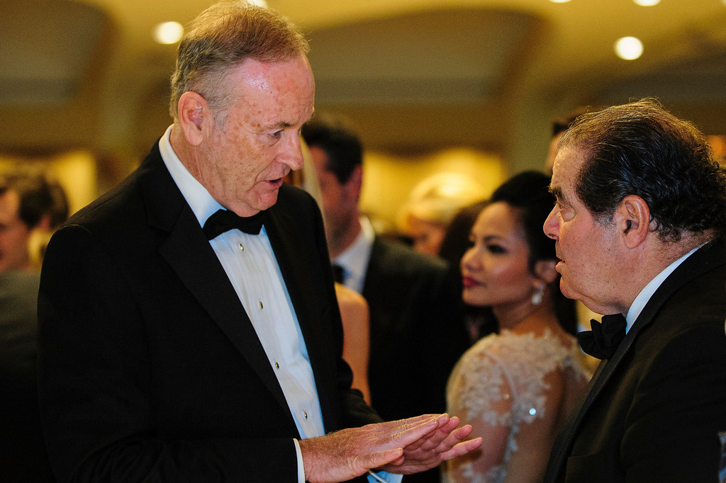 . WASHINGTON, DC - APRIL 27:  Commentator Bill Reilly talks with Supreme Court Justice Antonin Scalia during the White House Correspondents\' Association Dinner on April 27, 2013 in Washington, DC. The dinner is an annual event attended by journalists, politicians and celebrities. (Photo by Pete Marovich-Pool/Getty Images)