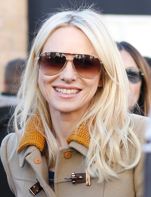 . Actress Naomi Watts  smiles on Main Street during the Sundance Film Festival in Park City, Utah January 18, 2013.  REUTERS/Jim Urquhart
