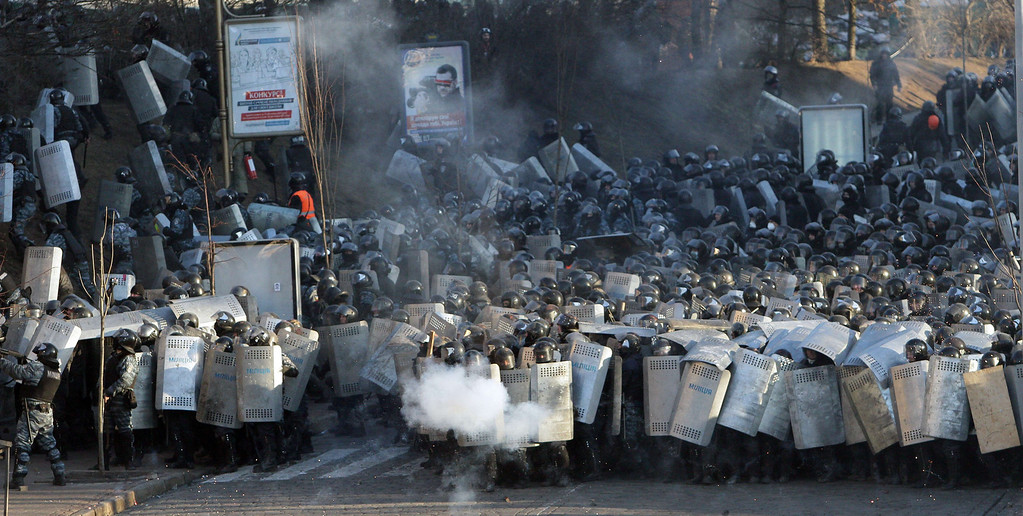 . Police clash with anti-government protesters in Kiev on February 18, 2014.  AFP PHOTO/ ANATOLII  BOIKO/AFP/Getty Images
