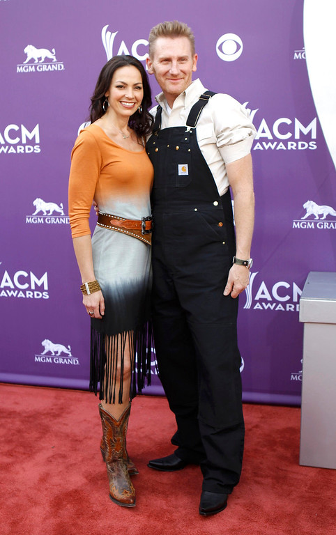 . Joey+Rory, Joey Martin Feek (L) and Rory Lee Feek, arrive at the 48th ACM Awards in Las Vegas, April 7, 2013.  REUTERS/Steve Marcus