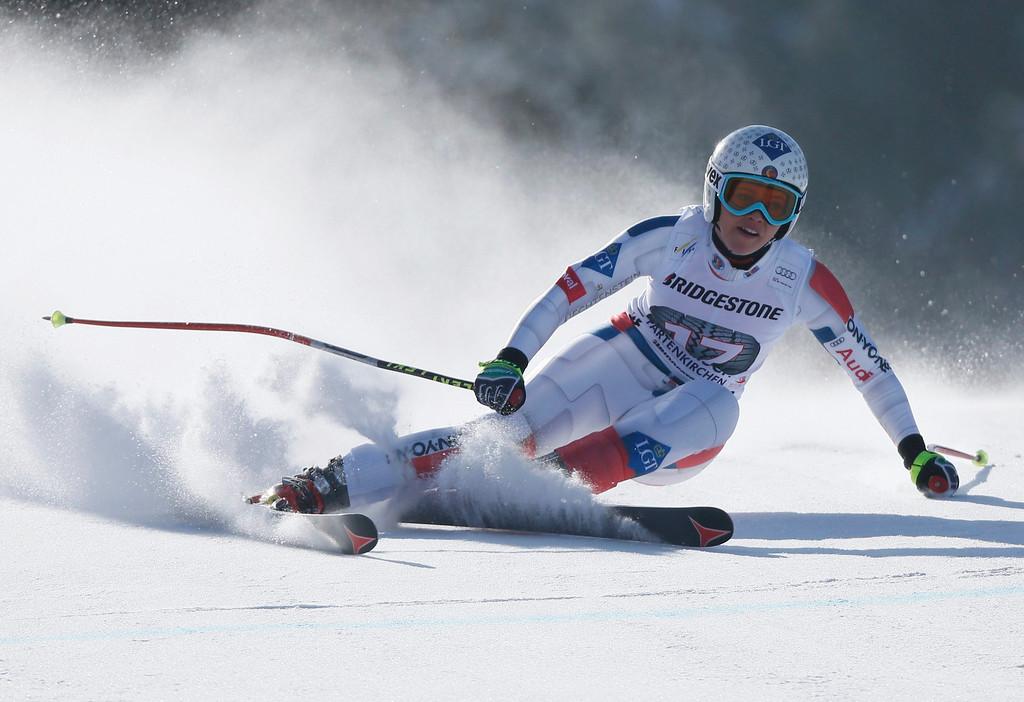 . Tina Weirather of Liechtenstein speeds down during the women\'s Alpine Skiing World Cup Downhill race in Garmisch-Partenkirchen March 2, 2013.  REUTERS/Wolfgang Rattay