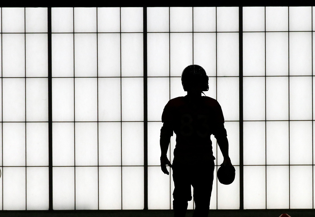 . A Denver Broncos player practices in the New York Jets\' indoor facility Thursday, Jan. 30, 2014, in Florham Park, N.J. The Broncos are scheduled to play the Seattle Seahawks in the NFL Super Bowl XLVIII football game Sunday, Feb. 2, in East Rutherford, N.J. (AP Photo)