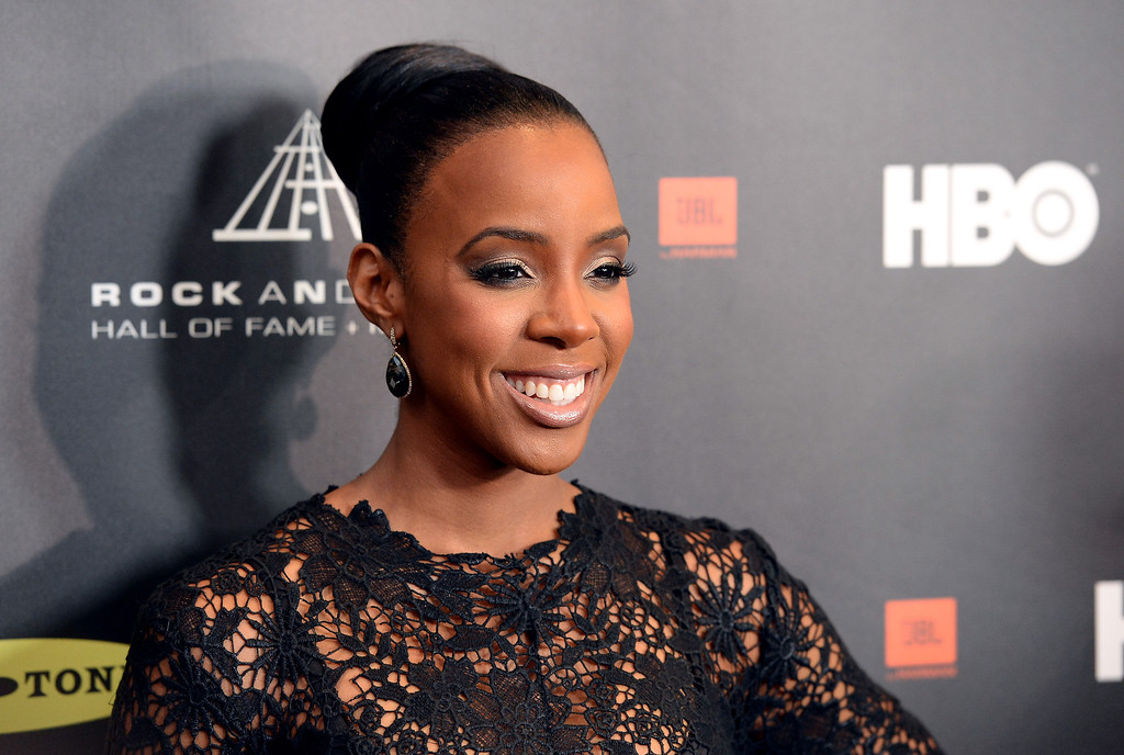 . Singer Kelly Rowland arrives at the 28th Annual Rock and Roll Hall of Fame Induction Ceremony at Nokia Theatre L.A. Live on April 18, 2013 in Los Angeles, California.  (Photo by Jason Merritt/Getty Images)