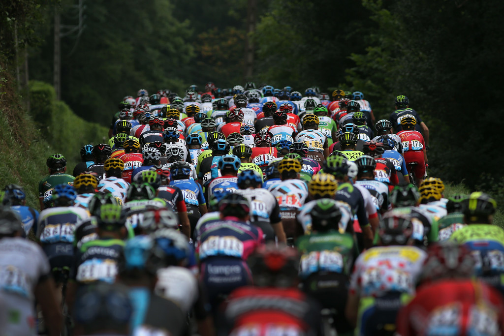 . The peloton begins to race at the start of the eighteenth stage of the 2014 Tour de France, a 146km stage between Pau and Hautacam, on July 24, 2014 in Pau, France.  (Photo by Doug Pensinger/Getty Images)
