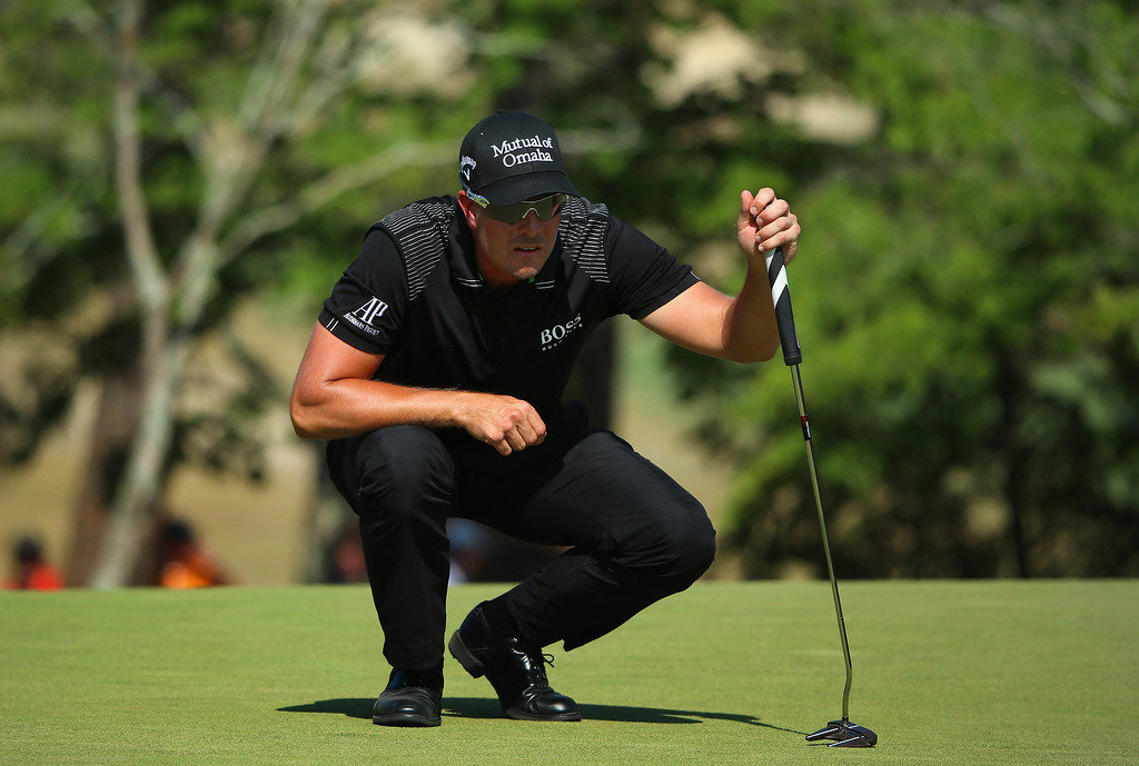 . Henrik Stenson of Sweden lines up a putt on the fifth green during the final round of the 114th U.S. Open at Pinehurst Resort & Country Club, Course No. 2 on June 15, 2014 in Pinehurst, North Carolina.  (Photo by Andrew Redington/Getty Images)